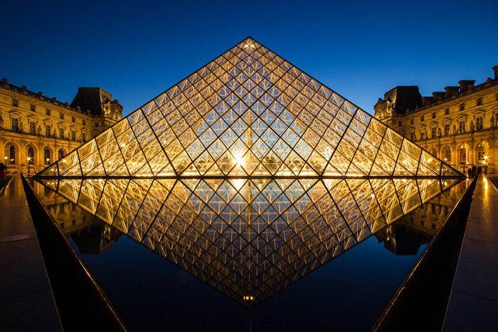 здания из стекла